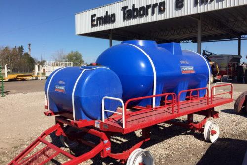 Acoplado tanque Plastrong 3400L